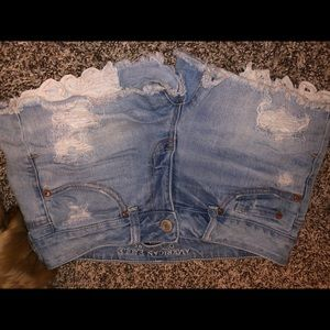 American eagle shortie, lace pockets